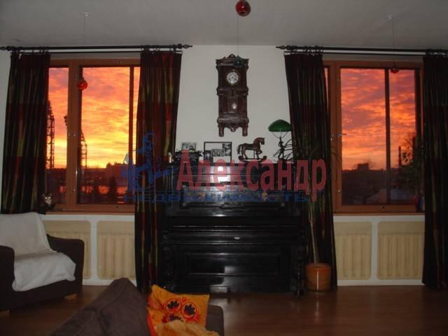 3-комнатная квартира (110м2) в аренду по адресу Ждановская наб., 11— фото 4 из 7