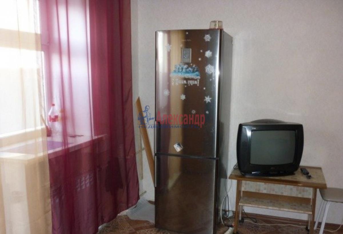 Комната в 2-комнатной квартире (48м2) в аренду по адресу Олеко Дундича ул., 11— фото 3 из 6