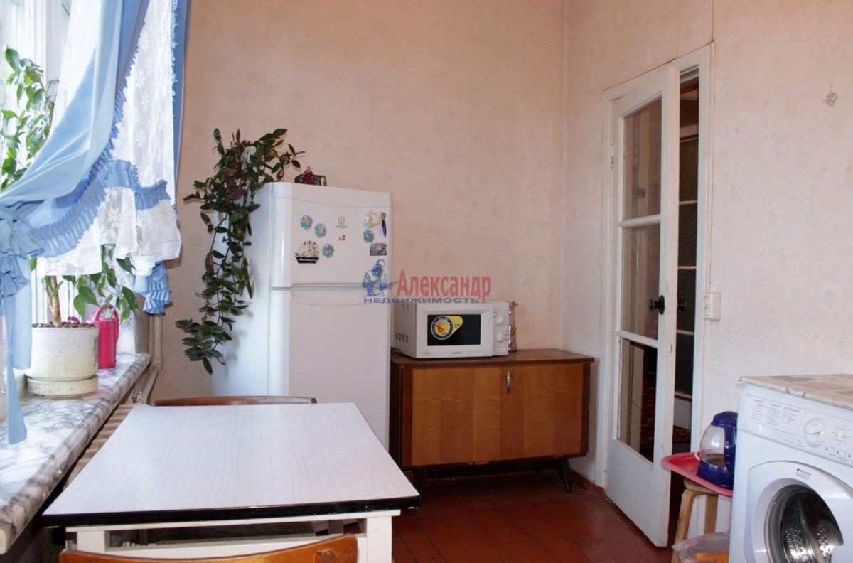 1-комнатная квартира (40м2) в аренду по адресу Космонавтов просп., 65— фото 3 из 3