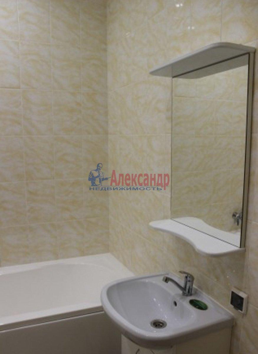 1-комнатная квартира (39м2) в аренду по адресу Бухарестская ул., 146— фото 3 из 4