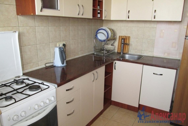 2-комнатная квартира (55м2) в аренду по адресу Наличная ул., 3— фото 3 из 4