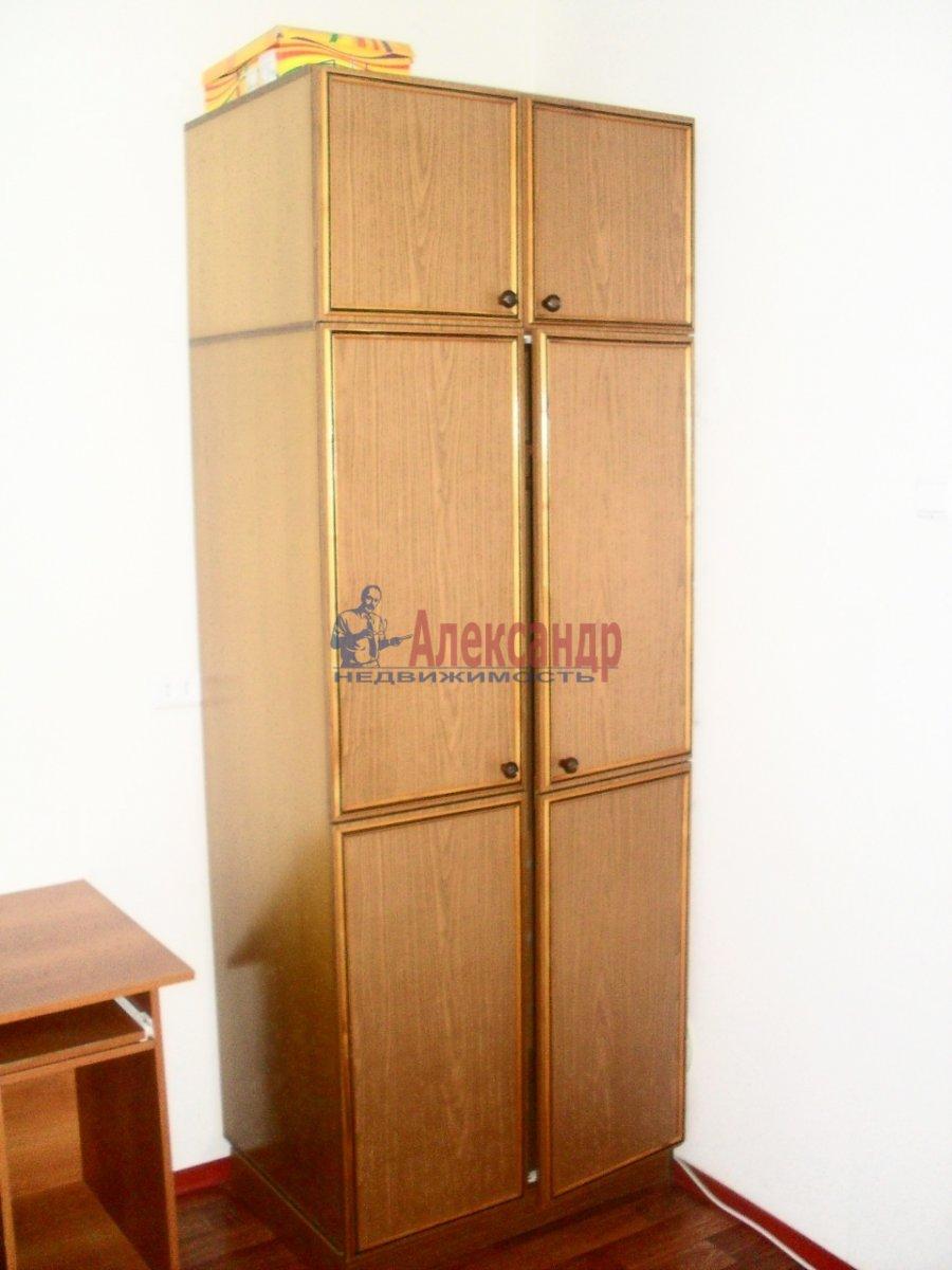 1-комнатная квартира (38м2) в аренду по адресу Ворошилова ул., 24— фото 3 из 4