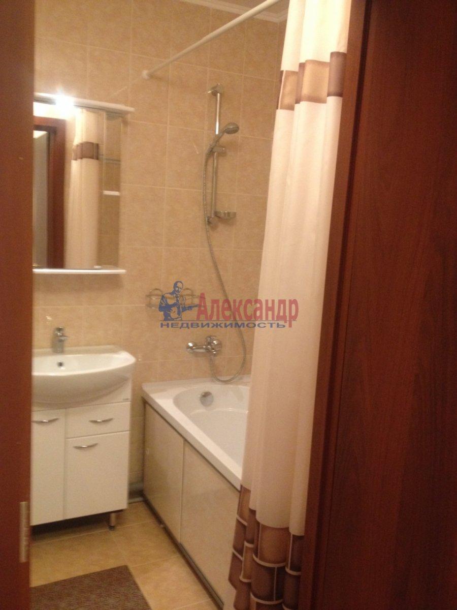 1-комнатная квартира (40м2) в аренду по адресу Парголово пос., Николая Рубцова ул., 11— фото 9 из 11