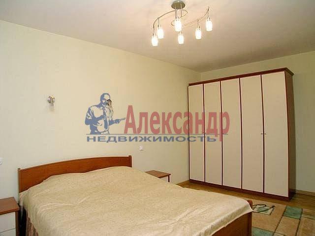 2-комнатная квартира (57м2) в аренду по адресу Доблести ул., 28— фото 1 из 4