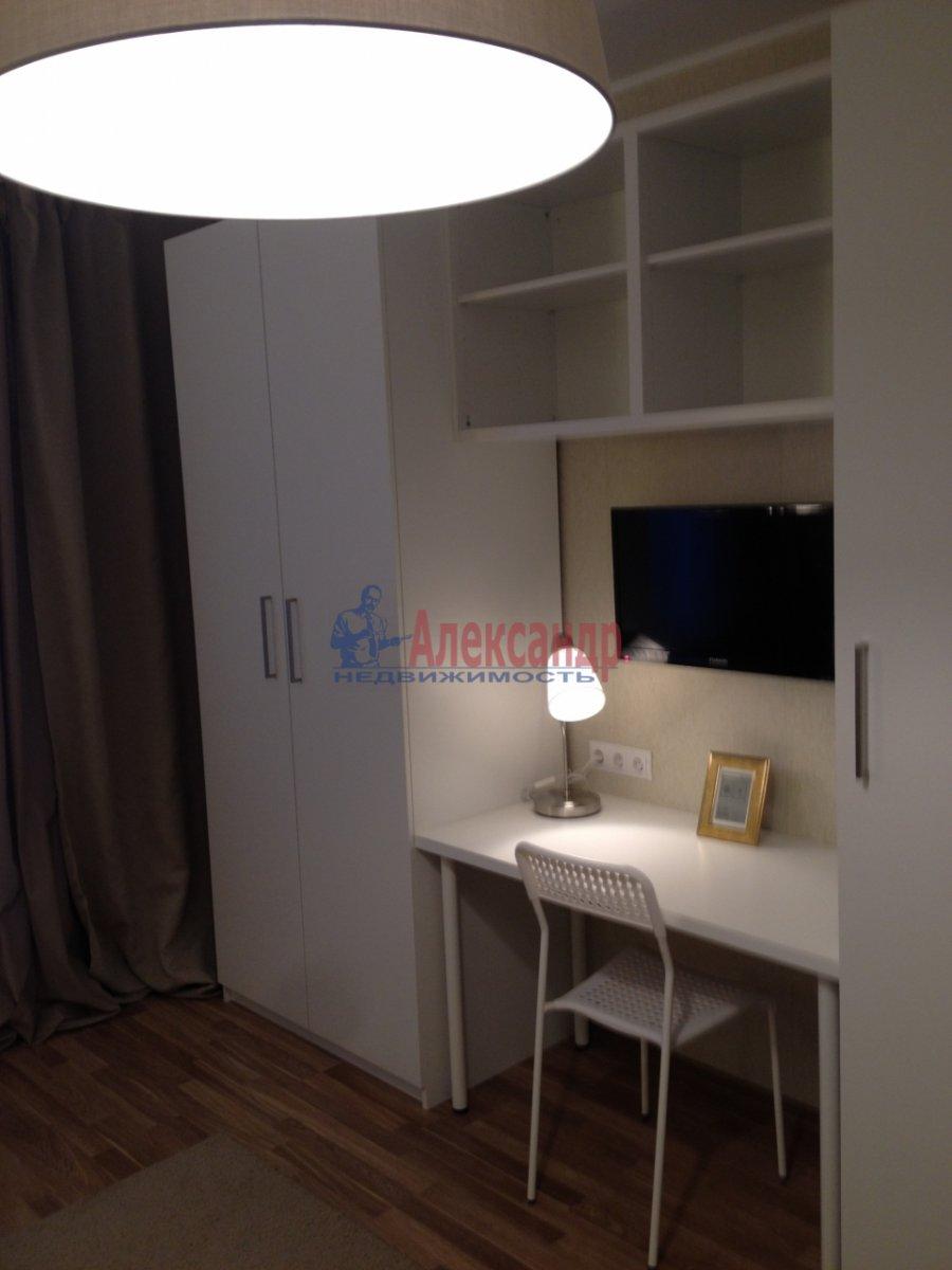 1-комнатная квартира (34м2) в аренду по адресу Мурино пос., Привокзальная пл., 1А— фото 2 из 13