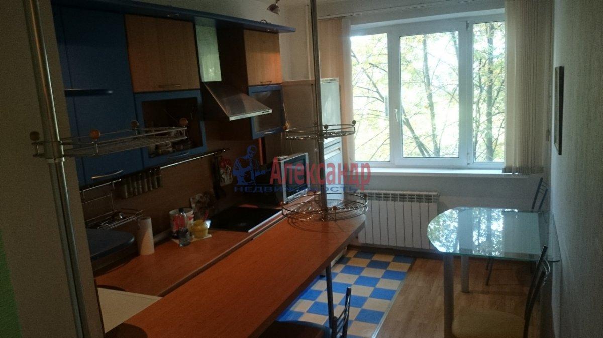 2-комнатная квартира (50м2) в аренду по адресу Комендантский пр., 20— фото 9 из 10