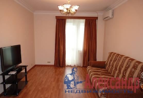 1-комнатная квартира (42м2) в аренду по адресу Учительская ул., 18— фото 3 из 3