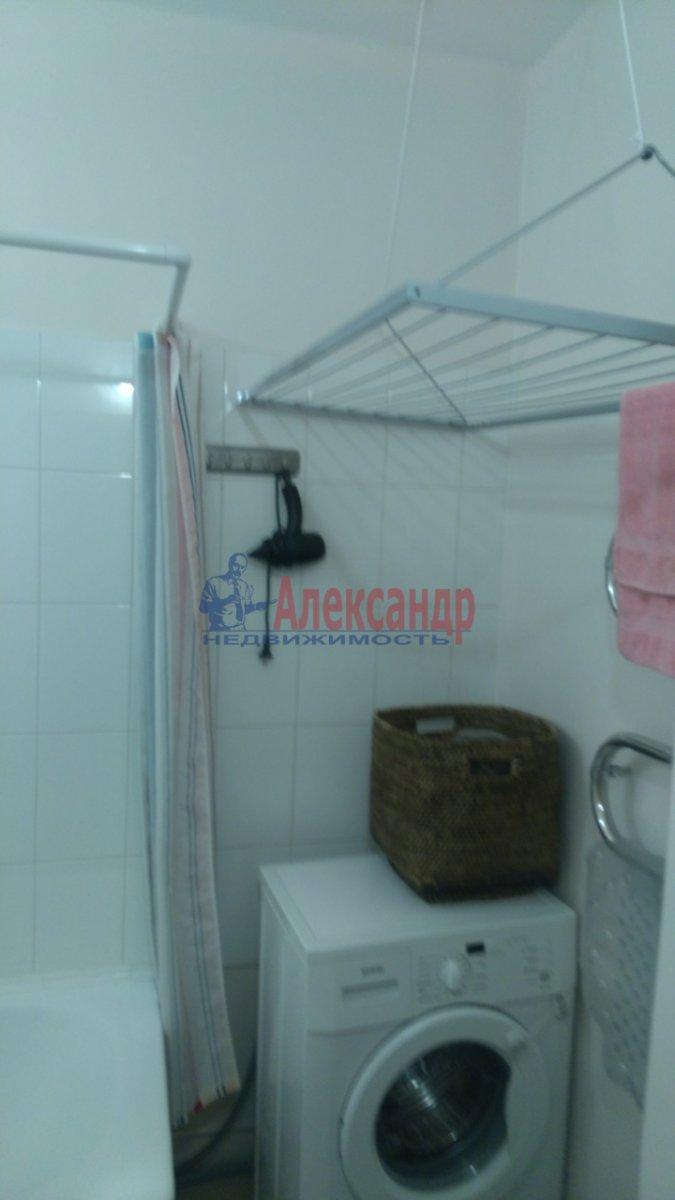 1-комнатная квартира (36м2) в аренду по адресу Брянцева ул., 15— фото 6 из 8