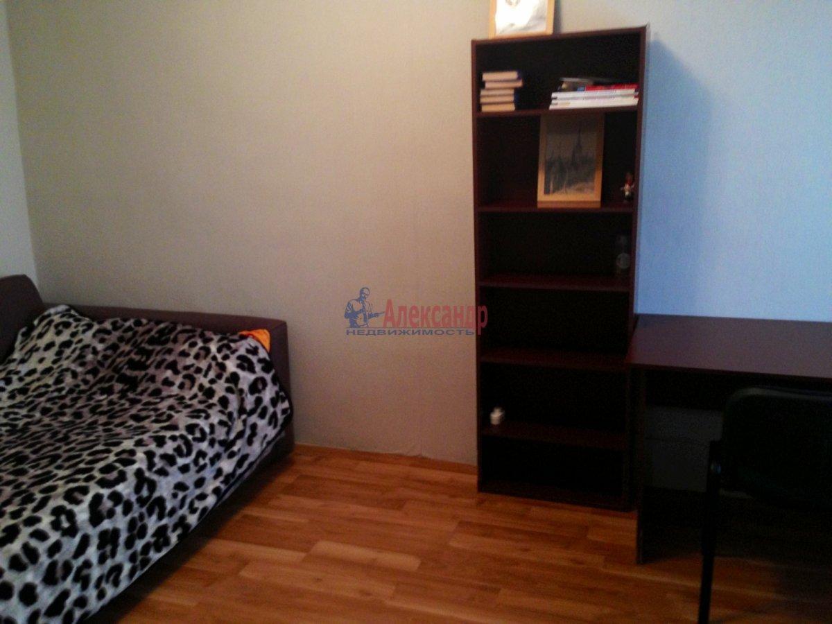 1-комнатная квартира (30м2) в аренду по адресу Спасский пер., 2— фото 3 из 8