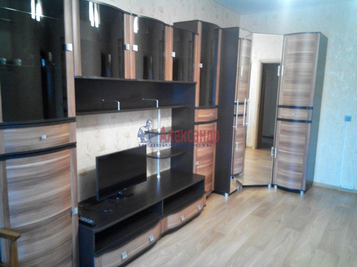 1-комнатная квартира (40м2) в аренду по адресу Мартынова наб., 74— фото 1 из 5