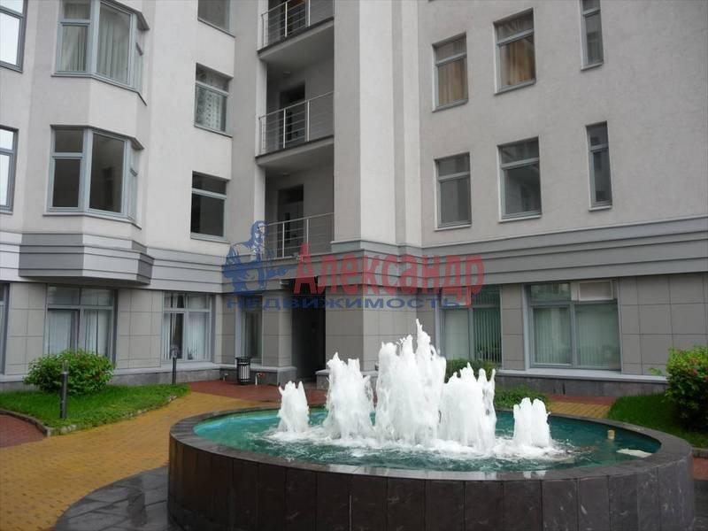 3-комнатная квартира (130м2) в аренду по адресу Каменноостровский пр., 40— фото 3 из 8