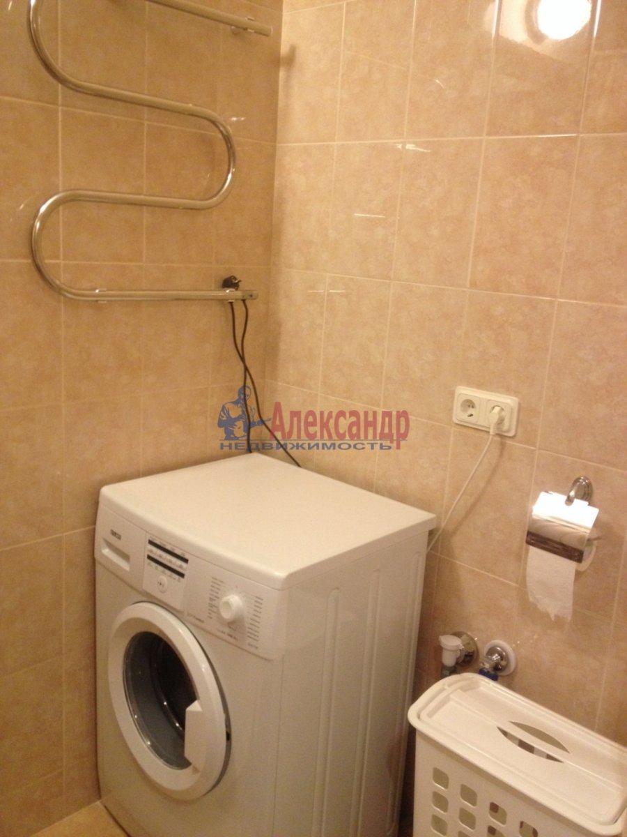 1-комнатная квартира (40м2) в аренду по адресу Парголово пос., Николая Рубцова ул., 11— фото 10 из 11