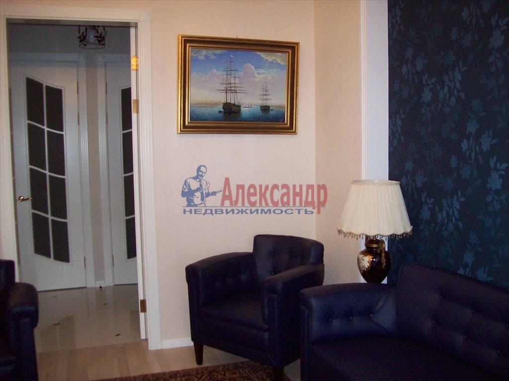 4-комнатная квартира (150м2) в аренду по адресу Реки Карповки наб., 10— фото 7 из 10