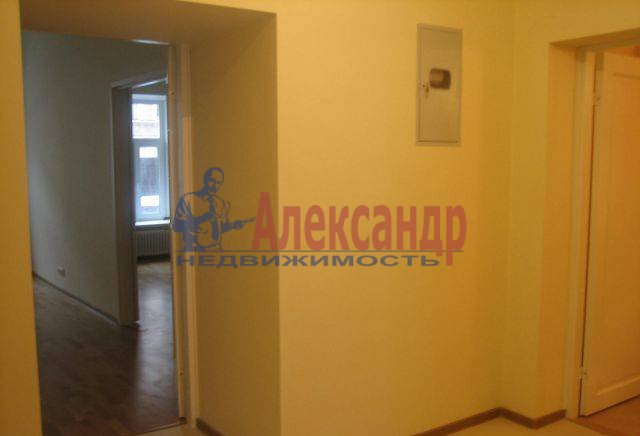 3-комнатная квартира (86м2) в аренду по адресу 7 Советская ул., 38— фото 5 из 8