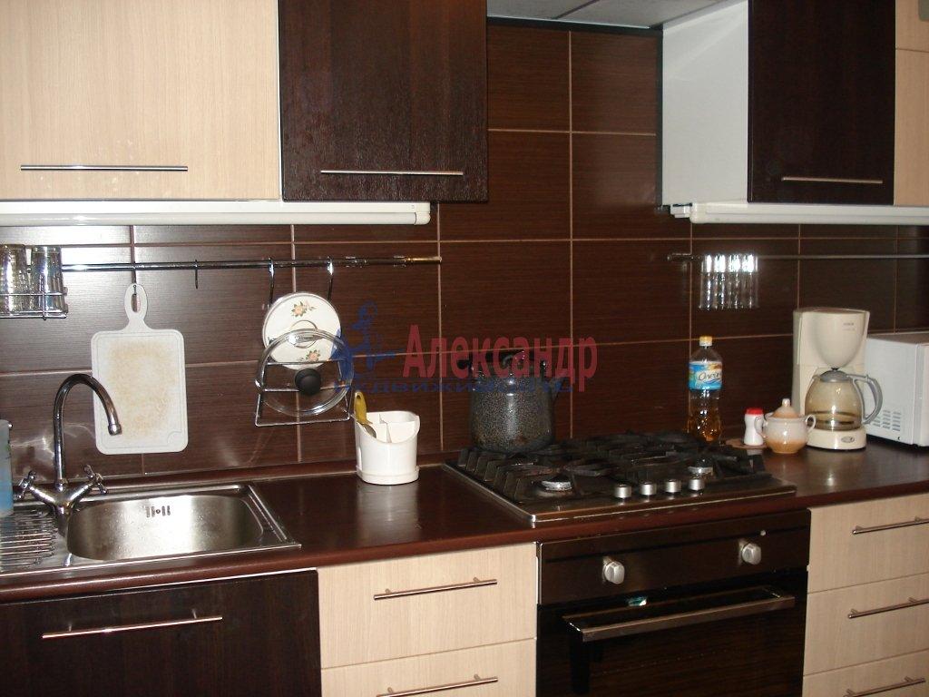 1-комнатная квартира (42м2) в аренду по адресу Колтуши пос., Верхняя ул., 1— фото 1 из 10