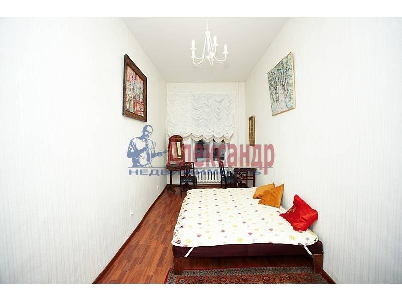 2-комнатная квартира (70м2) в аренду по адресу Реки Фонтанки наб.— фото 4 из 10