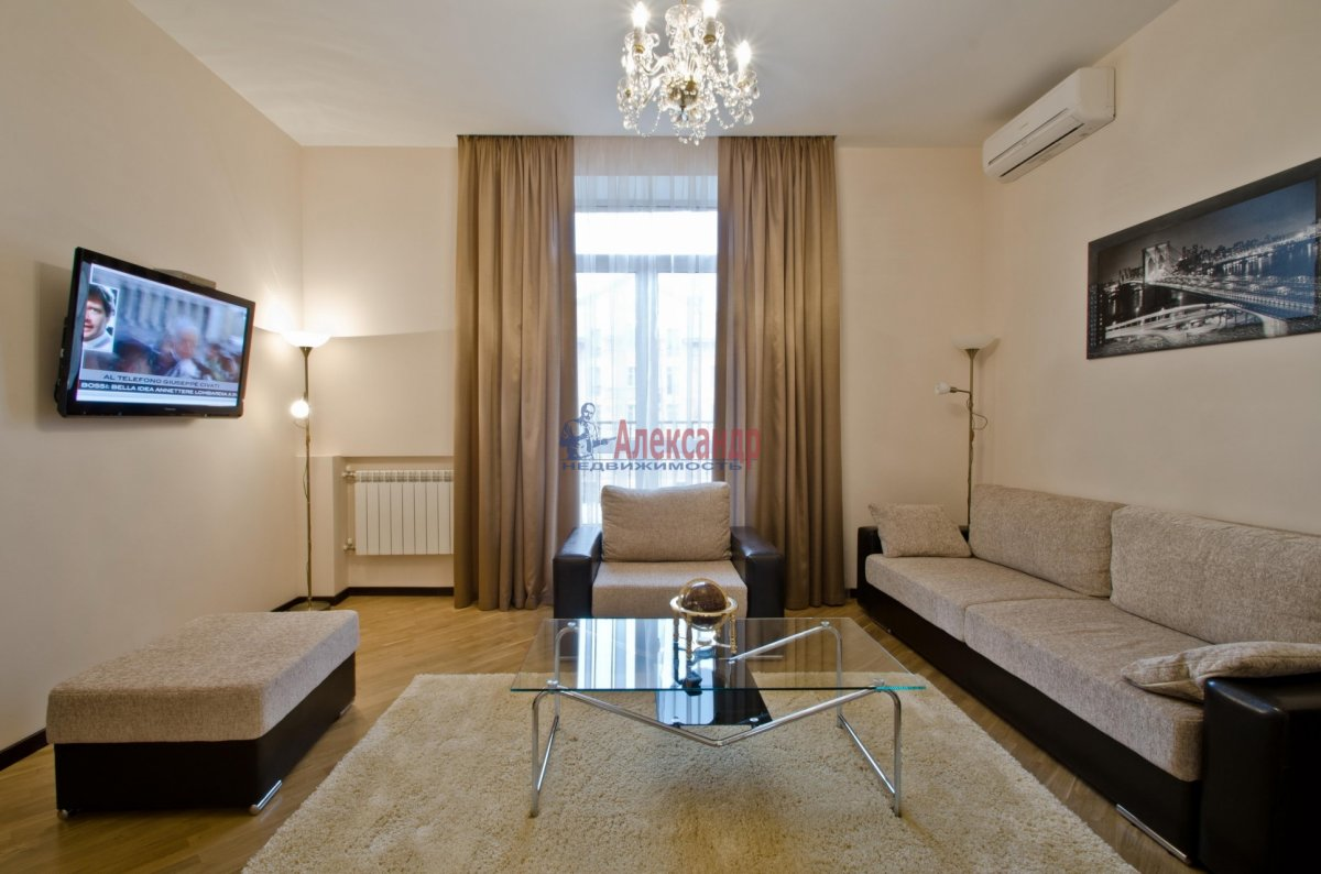1-комнатная квартира (35м2) в аренду по адресу Восстания пл., 14— фото 1 из 1