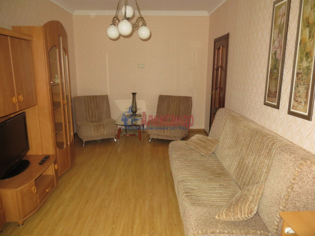 2-комнатная квартира (71м2) в аренду по адресу Фермское шос., 32— фото 7 из 21