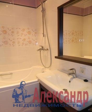 1-комнатная квартира (52м2) в аренду по адресу Беринга ул., 27— фото 3 из 3