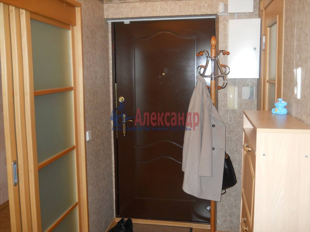 2-комнатная квартира (60м2) в аренду по адресу Кораблестроителей ул.— фото 11 из 12