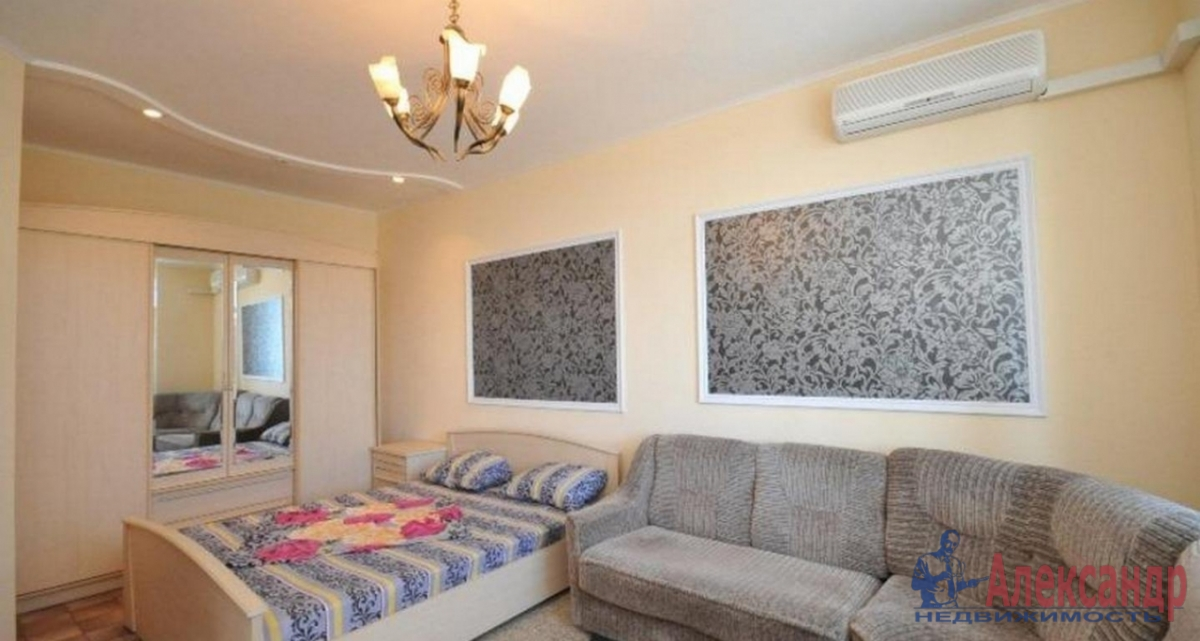 2-комнатная квартира (75м2) в аренду по адресу Просвещения пр., 15— фото 1 из 4
