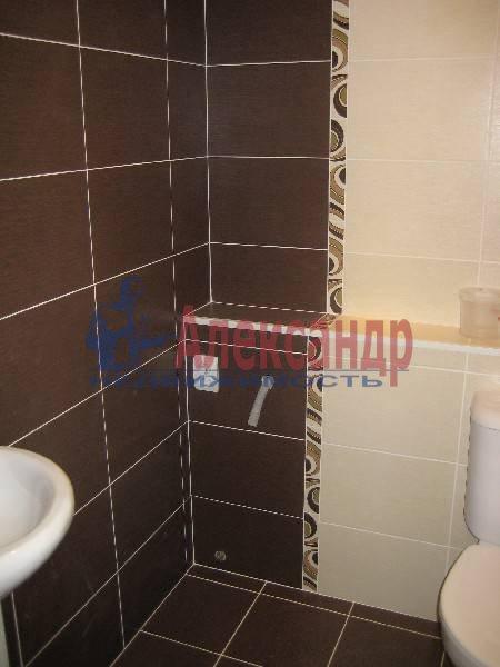 2-комнатная квартира (60м2) в аренду по адресу Коломяжский пр., 28— фото 5 из 6