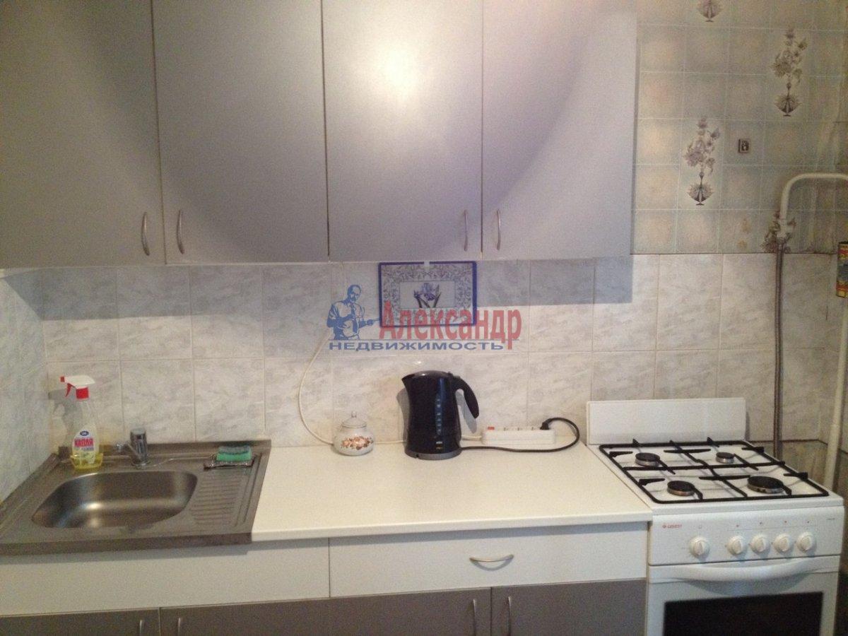 1-комнатная квартира (38м2) в аренду по адресу Российский пр., 5— фото 4 из 8