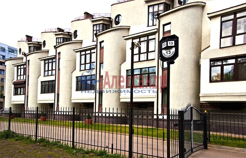 3-комнатная квартира (100м2) в аренду по адресу Крестовский пр., 13— фото 9 из 10