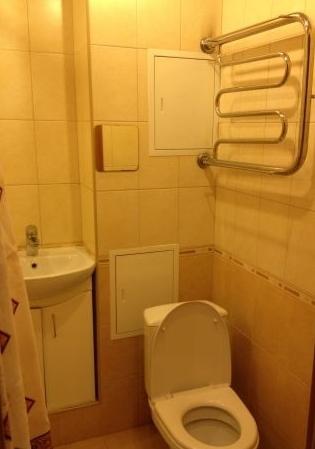 Комната в 3-комнатной квартире (65м2) в аренду по адресу Канала Грибоедова наб., 39— фото 3 из 3