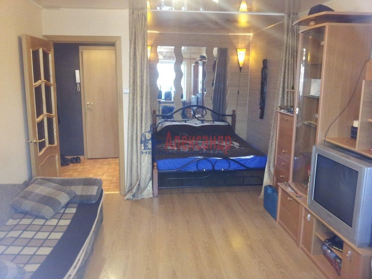 1-комнатная квартира (39м2) в аренду по адресу Десантников ул., 34— фото 7 из 7
