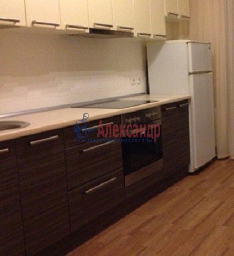 2-комнатная квартира (49м2) в аренду по адресу Белы Куна ул., 2— фото 1 из 7