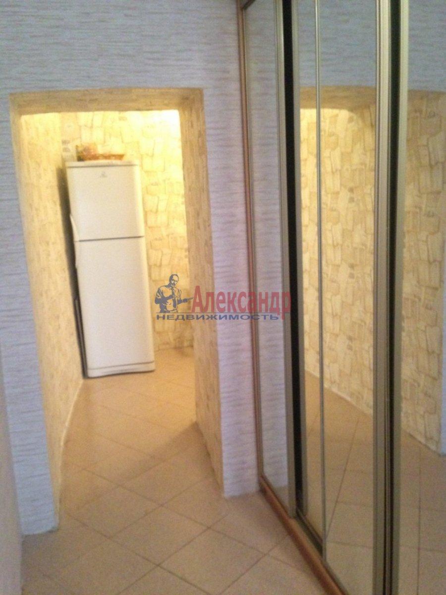 1-комнатная квартира (30м2) в аренду по адресу Спасский пер., 2— фото 4 из 8