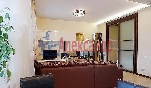 2-комнатная квартира (90м2) в аренду по адресу Кемская ул.— фото 3 из 5