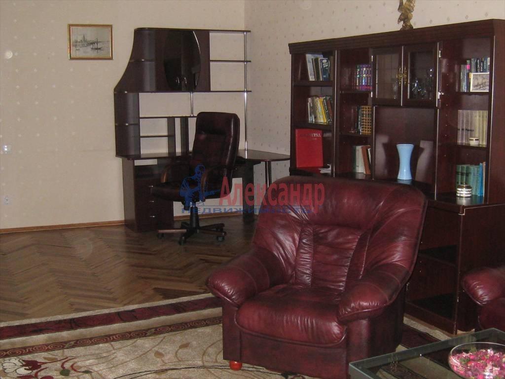 2-комнатная квартира (100м2) в аренду по адресу Невский пр., 158— фото 5 из 10
