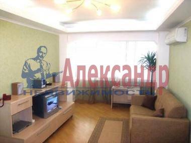 1-комнатная квартира (37м2) в аренду по адресу Кораблестроителей ул., 16— фото 1 из 2