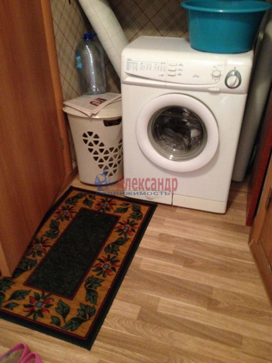 2-комнатная квартира (48м2) в аренду по адресу Крыленко ул., 19— фото 13 из 14
