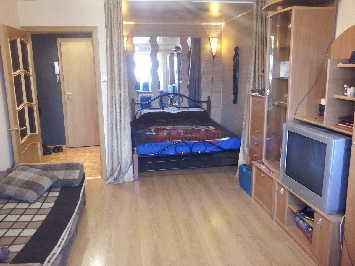 1-комнатная квартира (39м2) в аренду по адресу Десантников ул., 34— фото 2 из 7