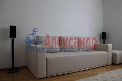 2-комнатная квартира (70м2) в аренду по адресу Обуховской Обороны пр., 138— фото 5 из 9