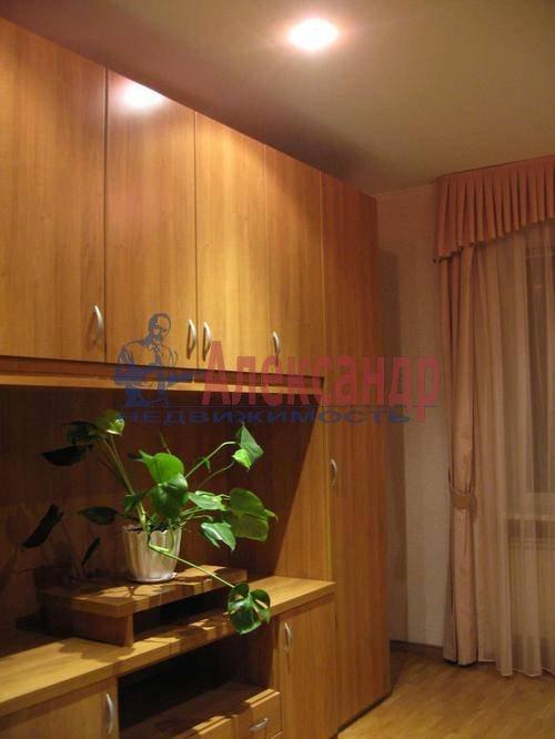 3-комнатная квартира (85м2) в аренду по адресу Типанова ул., 8— фото 10 из 10