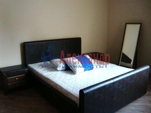 1-комнатная квартира (45м2) в аренду по адресу КИМа пр., 28— фото 1 из 1