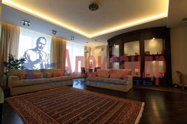 3-комнатная квартира (150м2) в аренду по адресу Невский пр., 137— фото 1 из 7