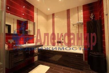 3-комнатная квартира (150м2) в аренду по адресу Невский пр., 137— фото 5 из 7