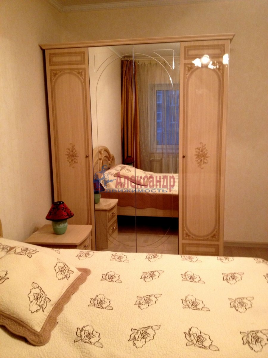 2-комнатная квартира (66м2) в аренду по адресу Дунайский пр., 31— фото 4 из 10