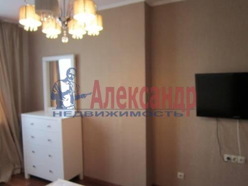 3-комнатная квартира (120м2) в аренду по адресу Сизова пр., 21— фото 9 из 15