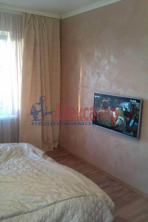 2-комнатная квартира (61м2) в аренду по адресу Коломяжский пр., 26— фото 6 из 12