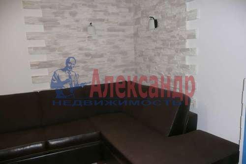 1-комнатная квартира (41м2) в аренду по адресу Просвещения пр., 33— фото 3 из 5