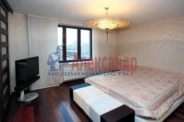3-комнатная квартира (110м2) в аренду по адресу Морской пр., 15— фото 3 из 5