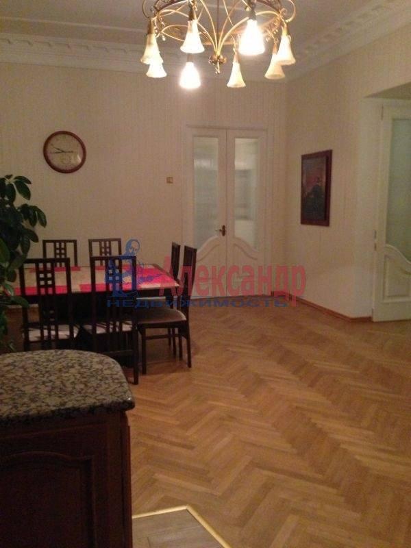 3-комнатная квартира (145м2) в аренду по адресу Каменноостровский пр., 73-75— фото 2 из 11