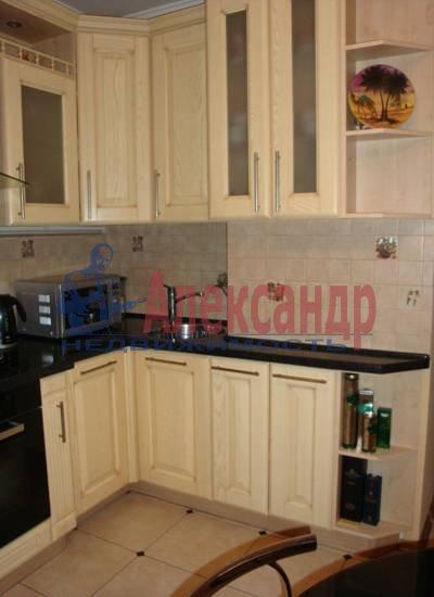 2-комнатная квартира (75м2) в аренду по адресу Миллионная ул., 16— фото 1 из 4