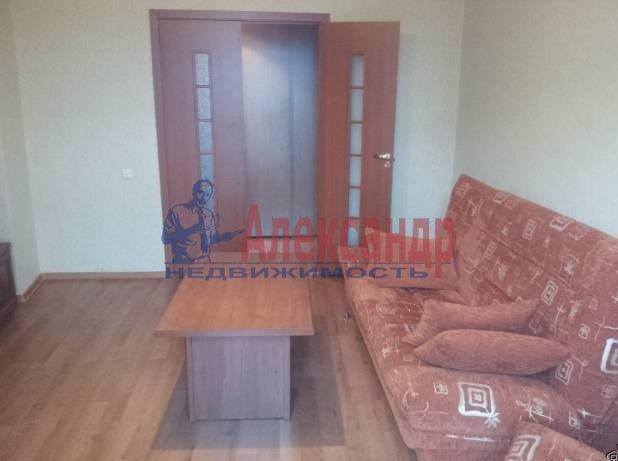 2-комнатная квартира (55м2) в аренду по адресу Ильюшина ул., 10— фото 5 из 7